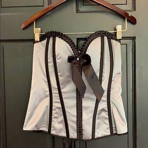 Incredible silver black corset size 38